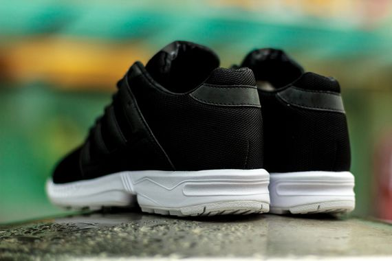 adidas-zx flux 2.0-black-white_03
