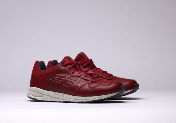 asics-shaw runner lux-red-white