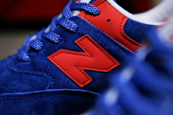 new balance-wmns-576-blue-red_02