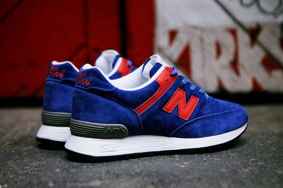 new balance-wmns-576-blue-red_09