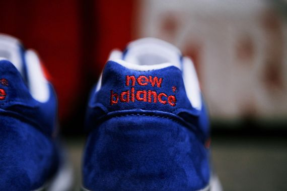 new balance-wmns-576-blue-red_10