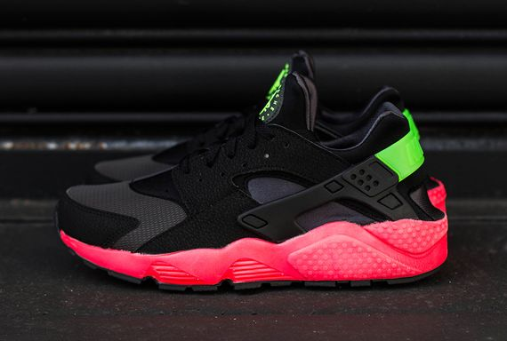 nike-air huarache-hyper punch_05
