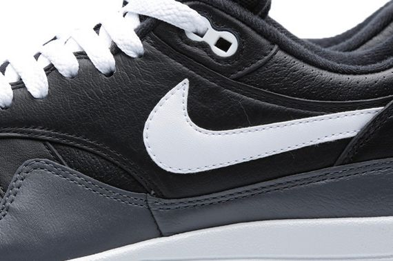 nike-air max 1-black-dark grey