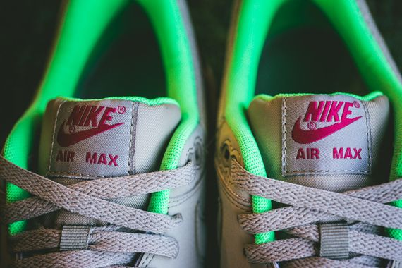 nike-air max 1-fuschia force-poison green_03