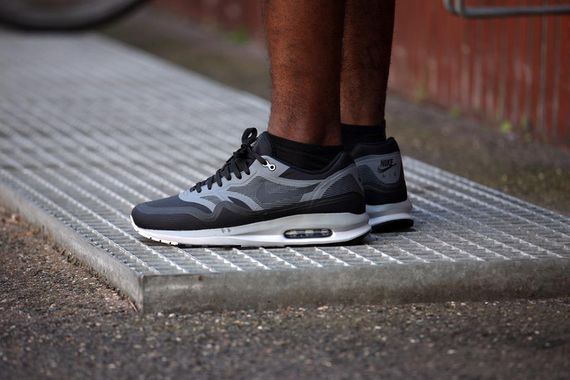 nike-air max lunar1 wr-black