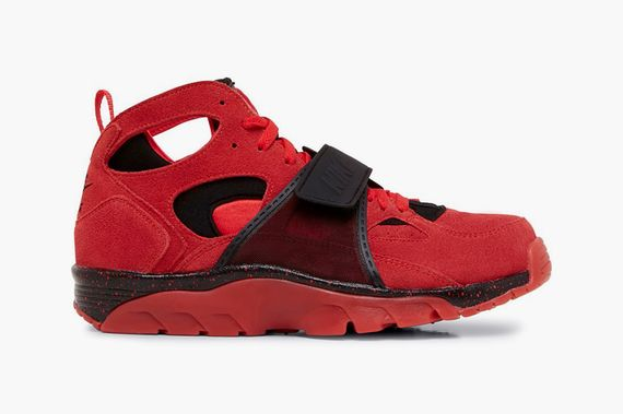 nike-air trainer huarache-challenger red