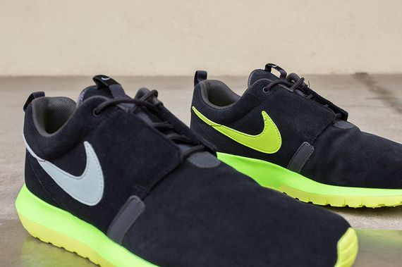nike-roshe run nm-black-silver-volt_04