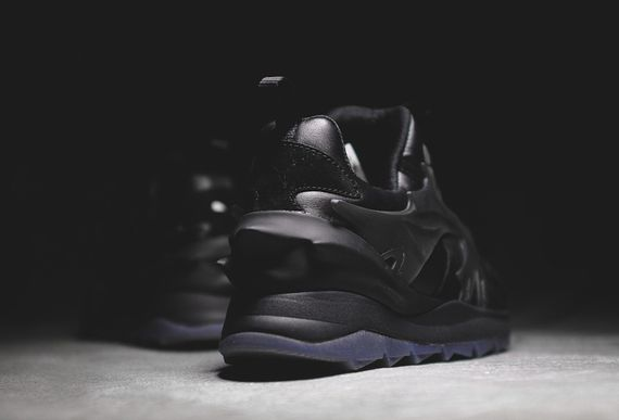 puma-disc-blackout_05