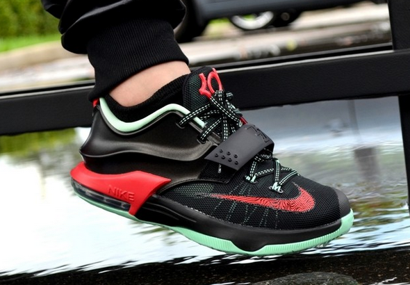 Nike-KD-7-good-apple-on-feet-images-2