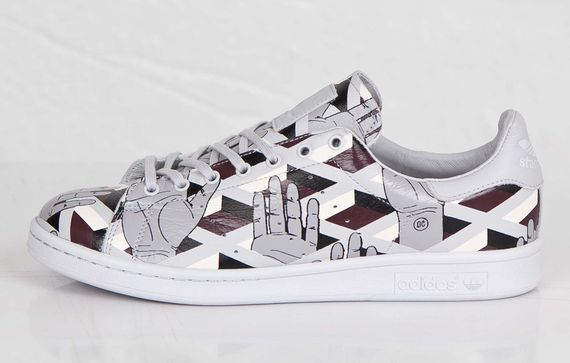 adidas-opening ceremony-stan smith-hand_02
