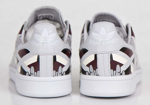 adidas-opening ceremony-stan smith-hand_07