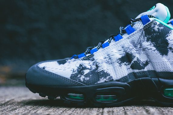 nike-air max 95 em-space mission