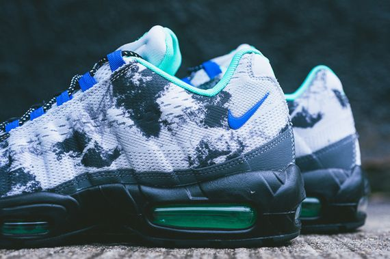 nike-air max 95 em-space mission_02