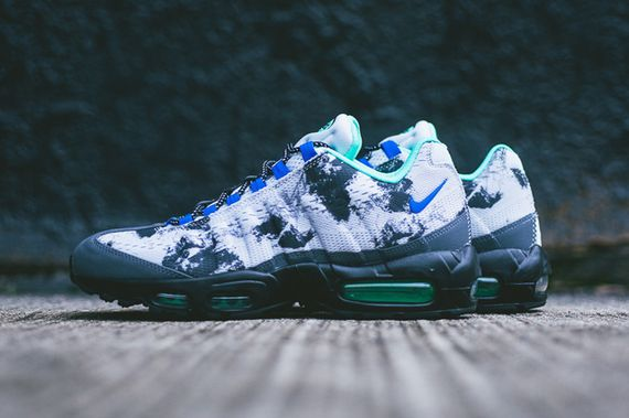 nike-air max 95 em-space mission_03