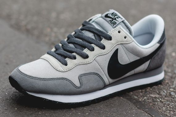 nike-air pegasus 83 ltr-black-grey_02