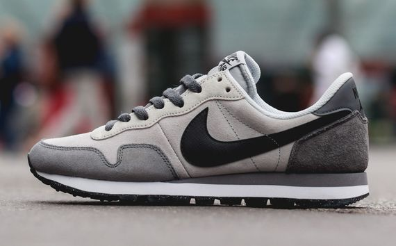 nike-air pegasus 83 ltr-black-grey_04