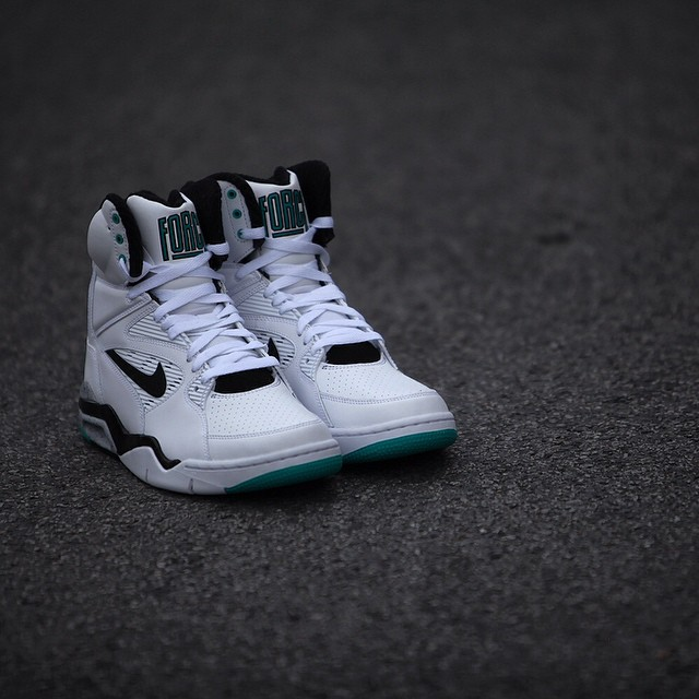 nike-command-force-emerald_06