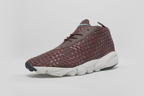 nike-desert chukka footscape-brown leather