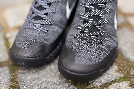 nike-flyknit trainer chukka-black-grey_03