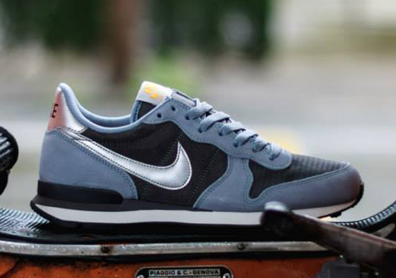 nike internationalist zilver