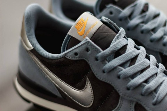 nike-internationalist-ash_05