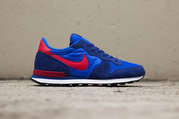nike-internationalist-cobalt-gym_07