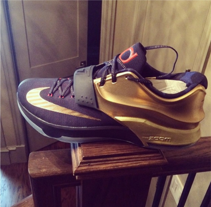 nike-kd-7-vii-black-gold-red