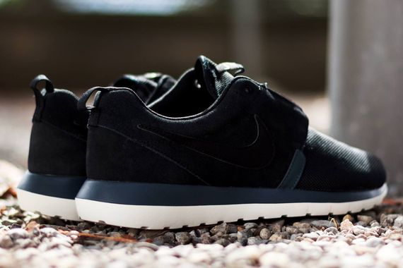 nike-roshe run nm-black_02
