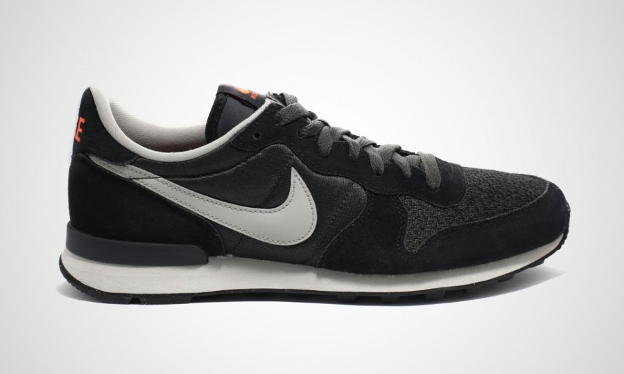 nike-sportswear-holiday-2014-preview-28-900x540