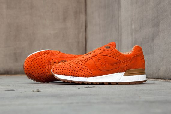 saucony-play cloths-strange fruit-fresh pics