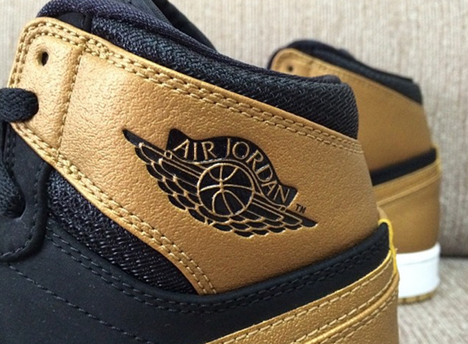 air-jordan-1-mid-melo-3
