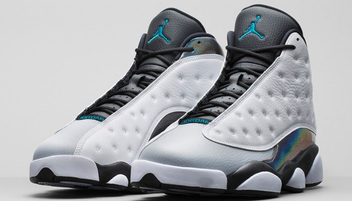 air-jordan-13-xiii-retro-wolf-grey-700x400