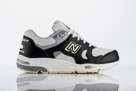 barneys new york-new balance-1700_02