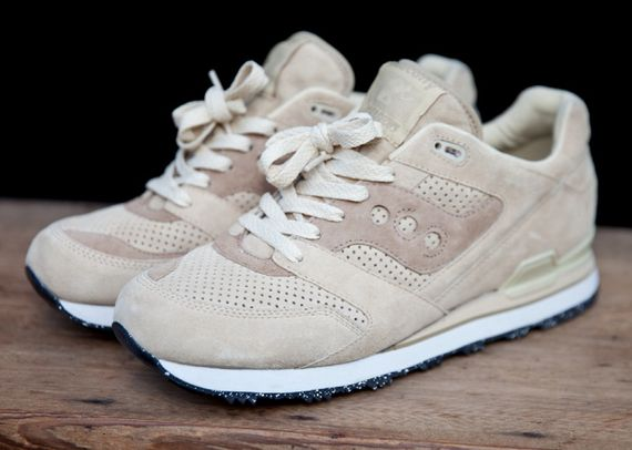 club monaco-saucony-footwear collection_09