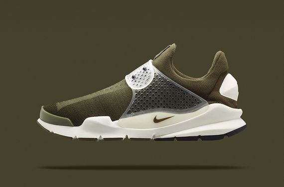fragment design-nike-sock dart