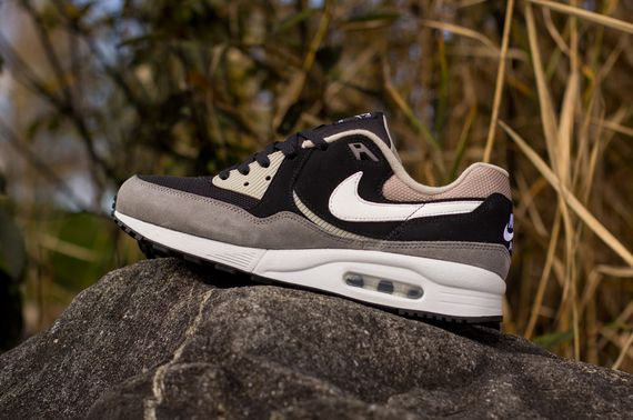 nike-air max light essential-pewter_03