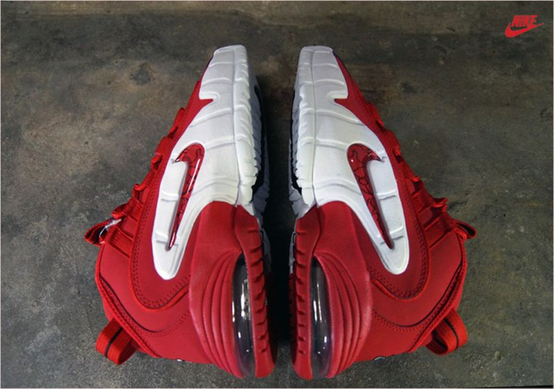 nike-air-max-penny-1-red-white_04_result