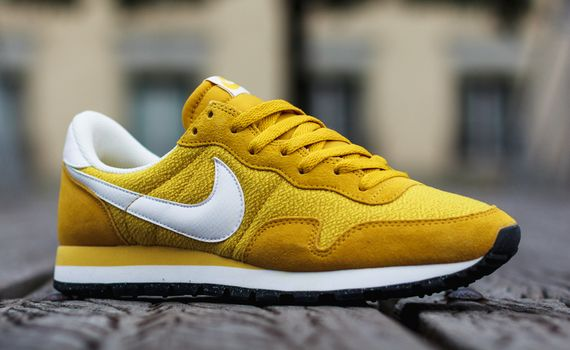 nike-air pegasus 83-gold lead-sulfur