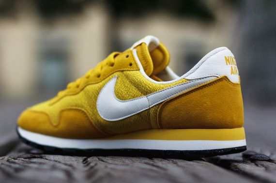 nike-air pegasus 83-gold lead-sulfur_02