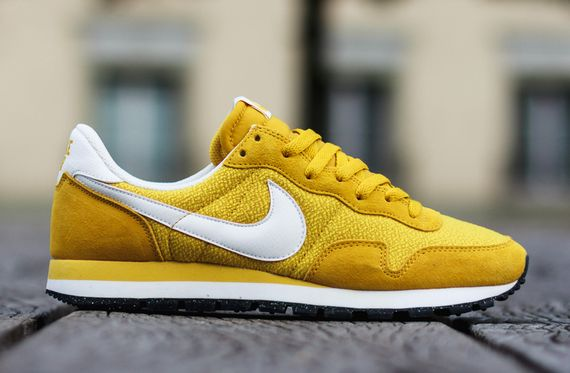 nike-air pegasus 83-gold lead-sulfur_03