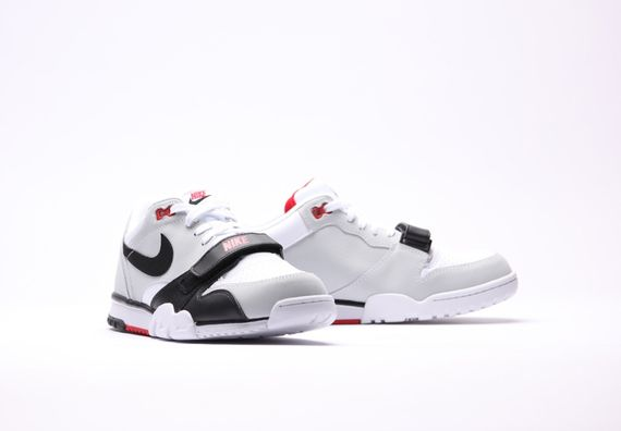 nike-air trainer 1 low-black-grey-red_03