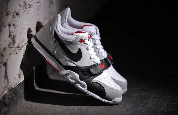 nike-air trainer 1 low-black-grey-red_06