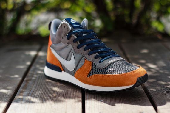 nike-internationalist mid-copper-grey_04