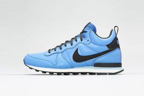 nike-internationalist mid-reflective pack_04
