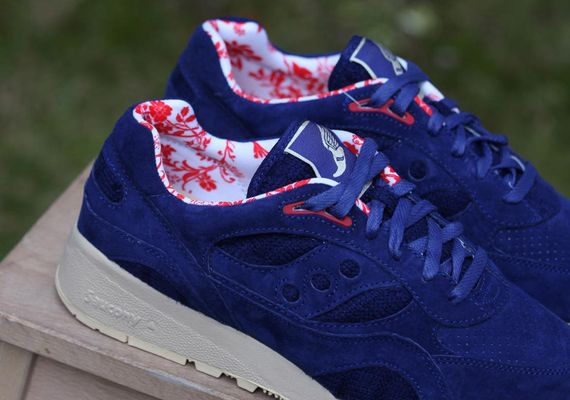 saucony-bodega-shadow 6000-sweater disc_14