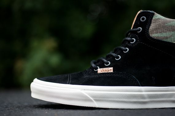 vans-era hi-black-camo_04