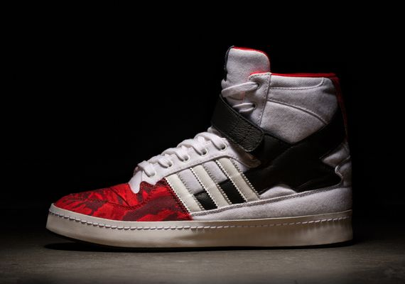 adidas-black scale-14fall_03
