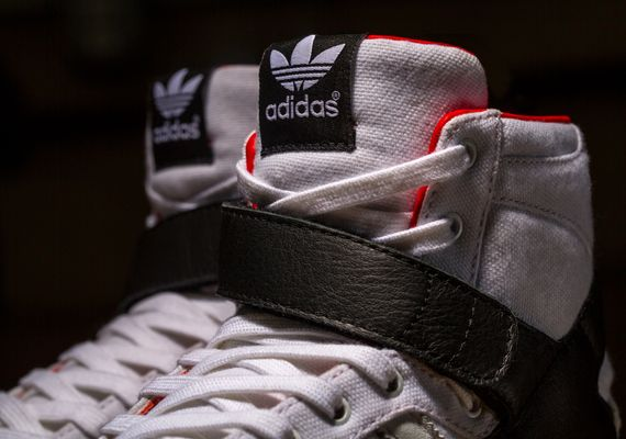 adidas-black scale-14fall_06