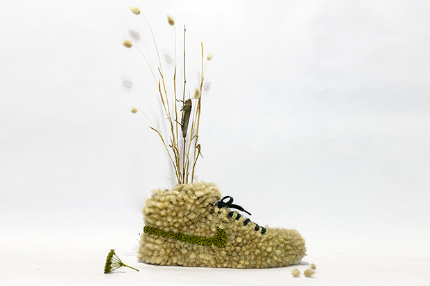just-grow-it-crafting-nike-sneakers-from-flowers-1