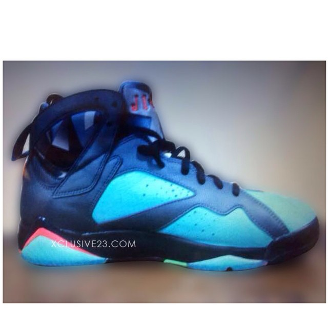 marvin-the-martian-air-jordan-vii
